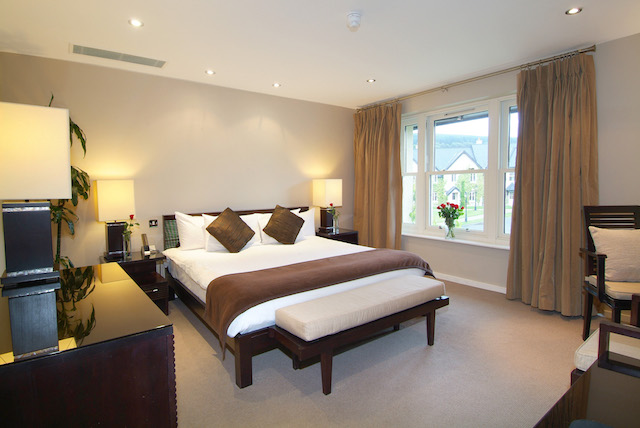 BrookLodge & Macreddin Village Ireland Golf Vacation Bedroom